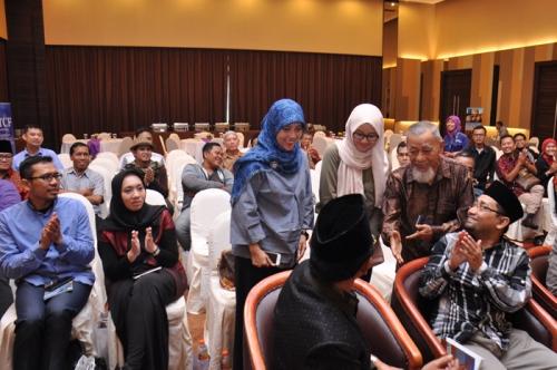Launching dan Bedah Buku Muslim Traveller (11)