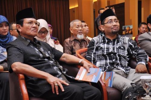 Launching dan Bedah Buku Muslim Traveller (12)