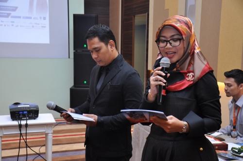 Launching dan Bedah Buku Muslim Traveller (2)