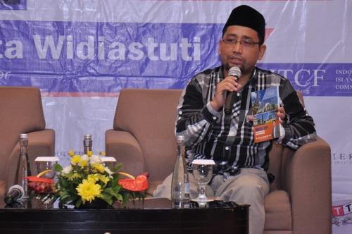 Launching dan Bedah Buku Muslim Traveller (23)
