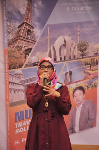 Launching dan Bedah Buku Muslim Traveller (29)