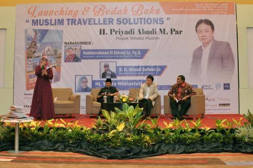 Launching dan Bedah Buku Muslim Traveller (30)