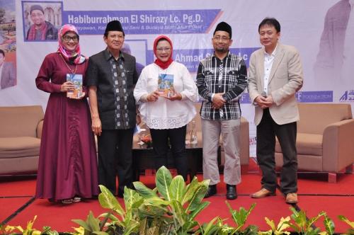 Launching dan Bedah Buku Muslim Traveller (31)